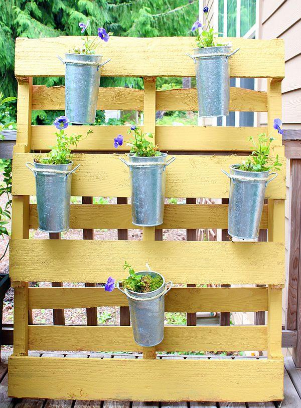 pallet-gardenpflowers