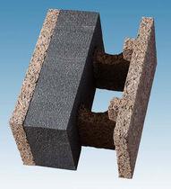 Деревянный блок с изоляционным слоем