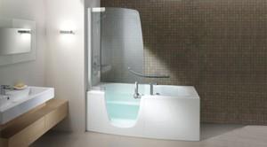 Ванна от дизайнера Fabio Lenci эргономична и удобна