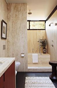 30-Marble-Bathroom-Design-Ideas-11