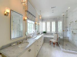 30-Marble-Bathroom-Design-Ideas-20