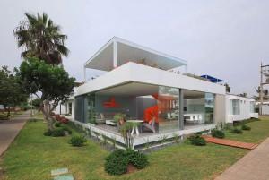 001-casa-blanca-martin-dulanto-sangalli-1050x704