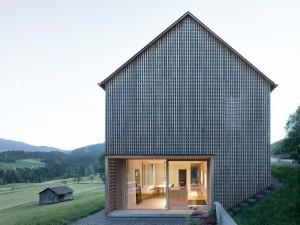 001-hause-julia-bjrn-architekten-innauer-matt-1050x787