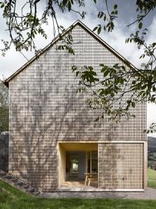002-hause-julia-bjrn-architekten-innauer-matt-1050x1413