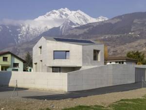 002-maison-fabrizzi-savioz-fabrizzi-architecte-1050x787