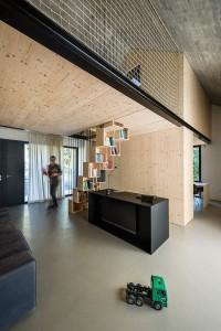 003-compact-karst-house-dekleva-gregori-arhitekti