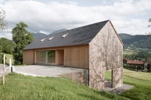 004-hause-julia-bjrn-architekten-innauer-matt-1050x700