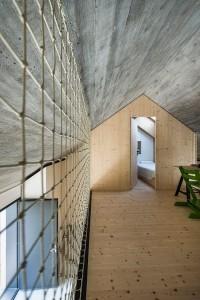 009-compact-karst-house-dekleva-gregori-arhitekti