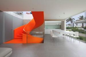 011-casa-blanca-martin-dulanto-sangalli-1050x696