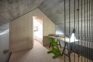011-compact-karst-house-dekleva-gregori-arhitekti