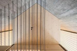 012-compact-karst-house-dekleva-gregori-arhitekti
