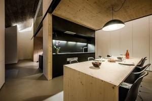 015-compact-karst-house-dekleva-gregori-arhitekti
