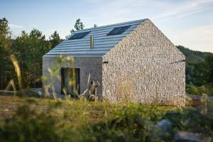 016-compact-karst-house-dekleva-gregori-arhitekti