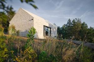 017-compact-karst-house-dekleva-gregori-arhitekti