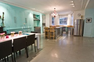 Large-and-Colouful-House-on-Portland-Road-in-London-7