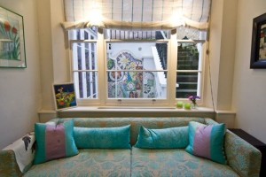 Large-and-Colouful-House-on-Portland-Road-in-London-8