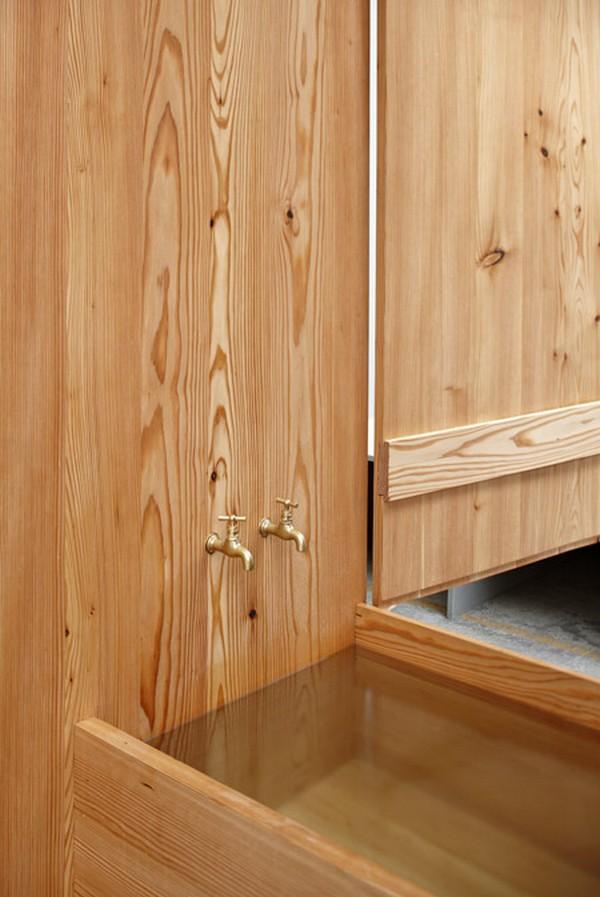 wardrobe-sauna-Freshome04
