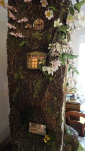 doll-tree-house-3