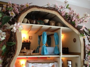 doll-tree-house-4