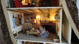 doll-tree-house-5