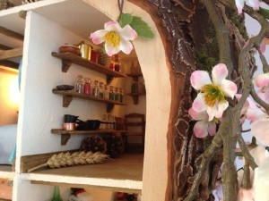doll-tree-house-9