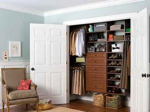man-closet-organizers